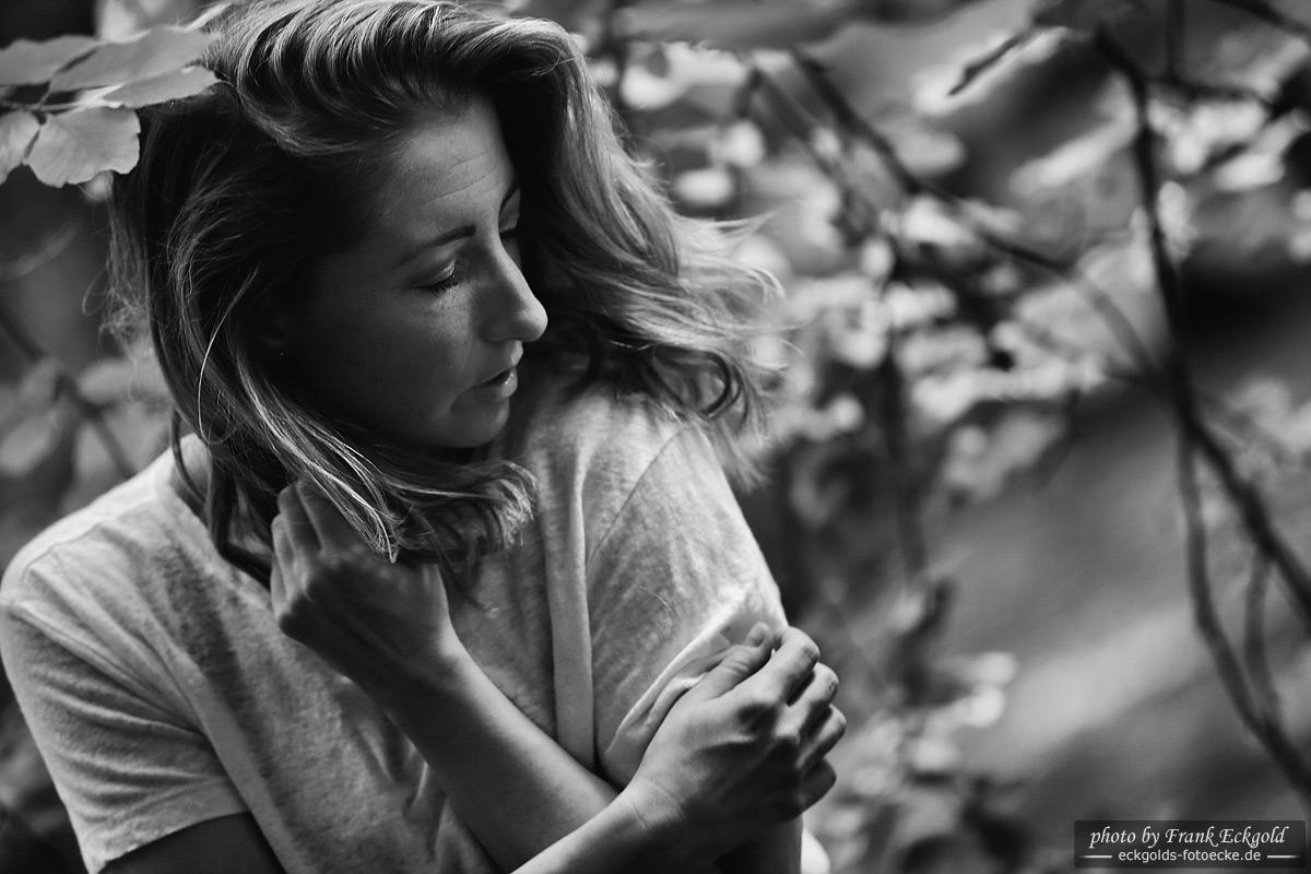 Die Suche nach Sehnsucht | Nadine S. by Frank Eckgold