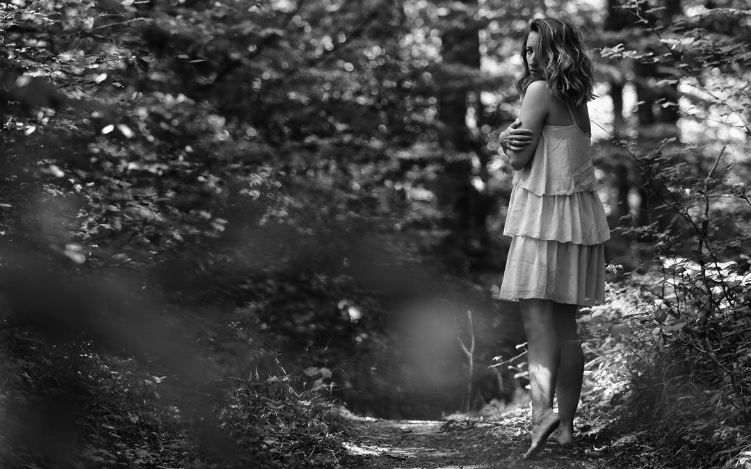 Abschied – Ein neues Gedicht von Nadine auf dunkelbuntpoesie